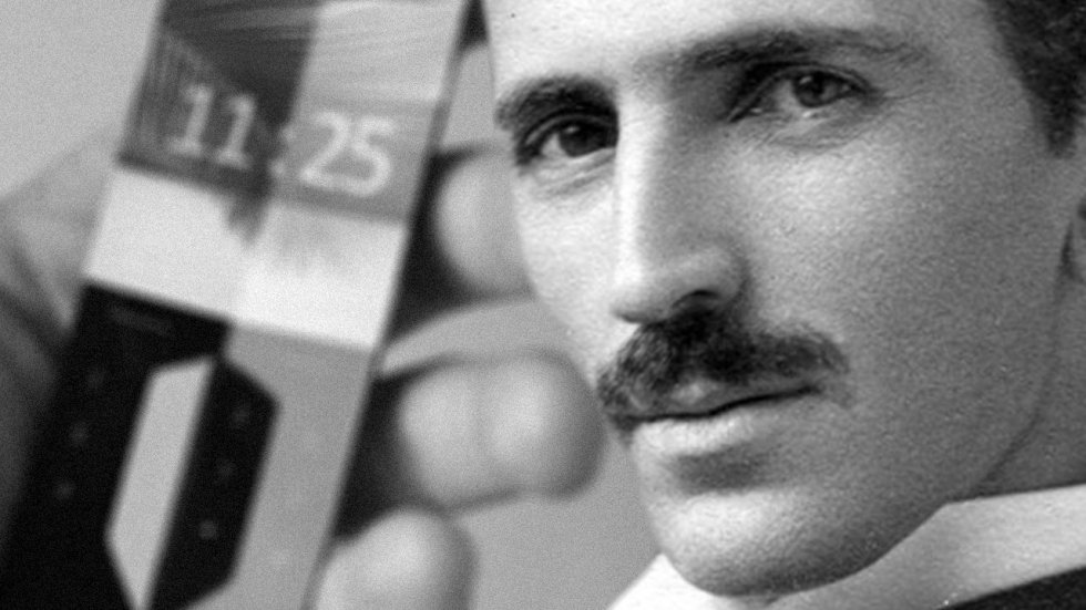 Nikola-Tesla-Prediction-Smartphone