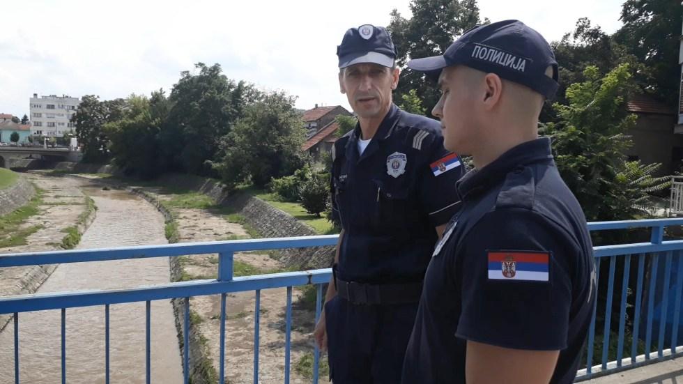 policajci 3.jpg