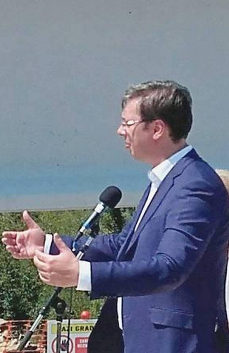 Vučić je najveći proizvođač lažnih vesti